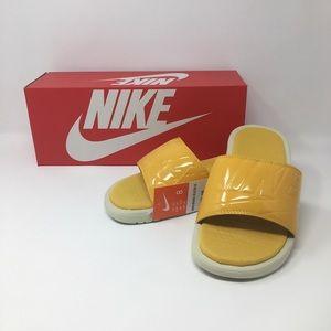 Women's Nike Benassi JDI SE Slide